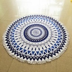 Round beach towel with tassels